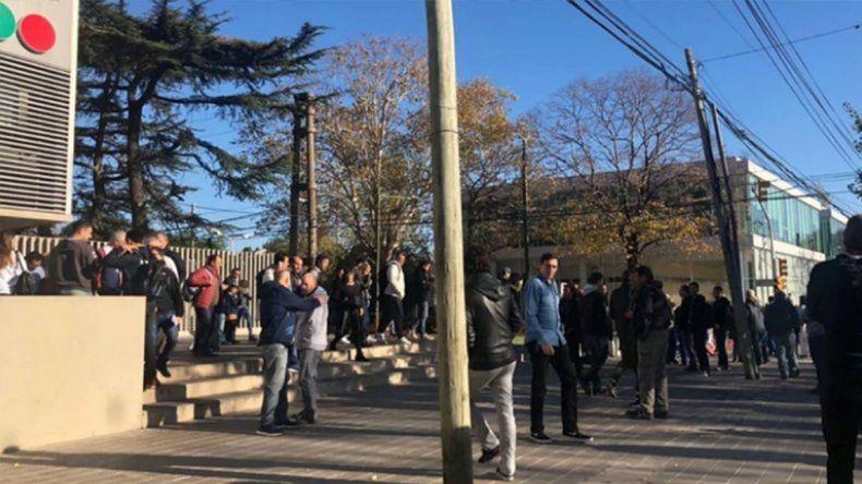 Amenazaron de bomba a Telefe en Buenos Aires