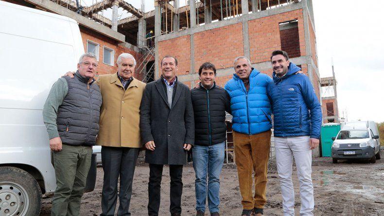 Gutiérrez inauguró red de gas y asfalto en San Martín