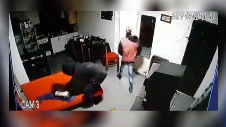 Estaba prófugo y  lo atraparon por  un violento robo