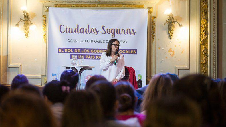 Lamarca quiere ciudades con un modelo feminista