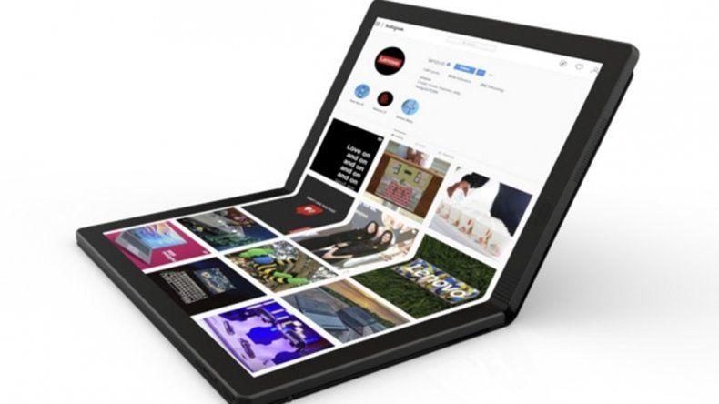 Lenovo muestra la primera laptop del mundo con una pantalla flexible