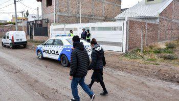 femicidio en huiliches: el hijo del asesino encontro los cuerpos