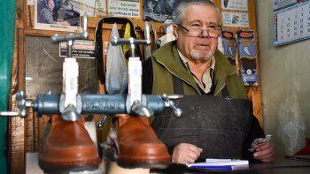 por la inflacion, aumento el trabajo de los zapateros