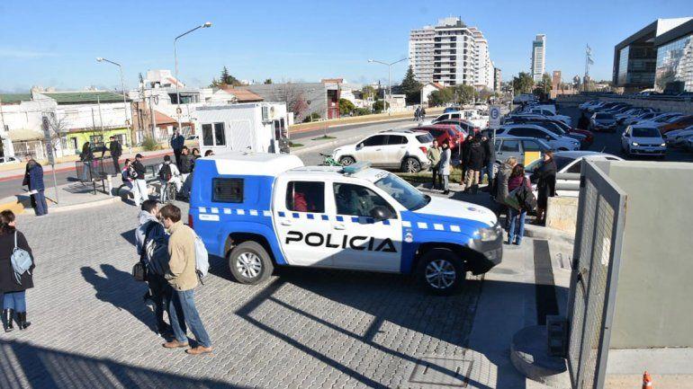 Desalojaron Ciudad Judicial por un simulador de explosivo