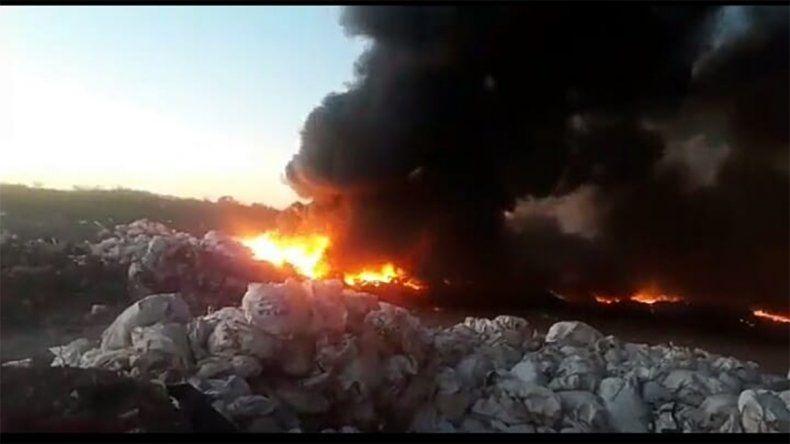 Añelo: la Confederación Mapuche pidió investigar si el incendio no fue intencional