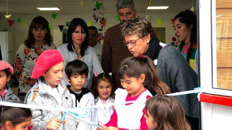 Huantraico festejó la ampliación de su escuela albergue