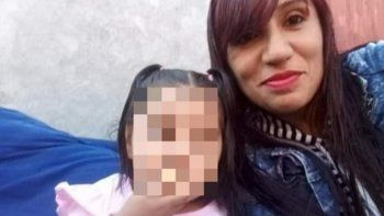 brutal crimen: mato a mazazos a su ex y a su beba