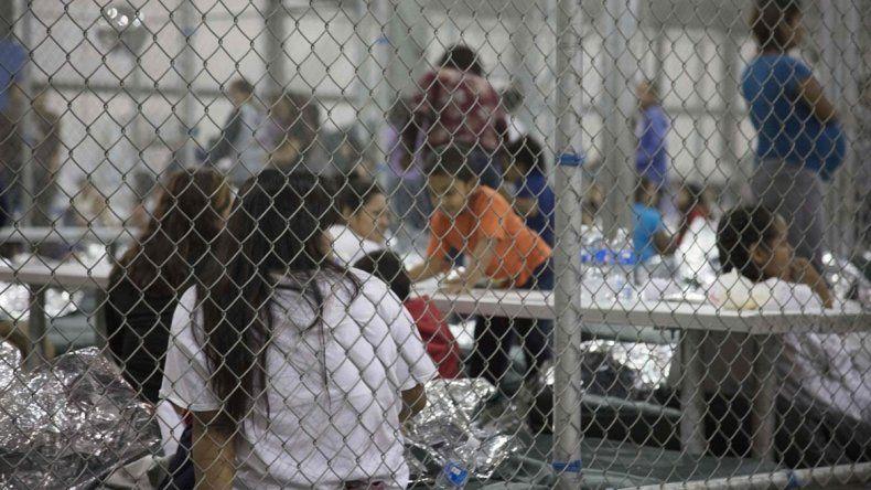Ya son seis los niños que murieron en el centro de migrantes