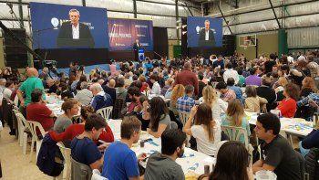 fernandez: hoy empezamos a sacar a argentina de la pobreza