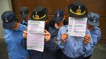 asi desarticulan los relatos de acoso y hostigamiento a las mujeres en la policia