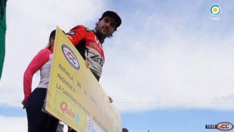 En una vibrante final, Manu Urcera se quedó con la carrera de los millones