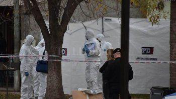 asesinaron a una mujer y a su hija de 10 en santa fe