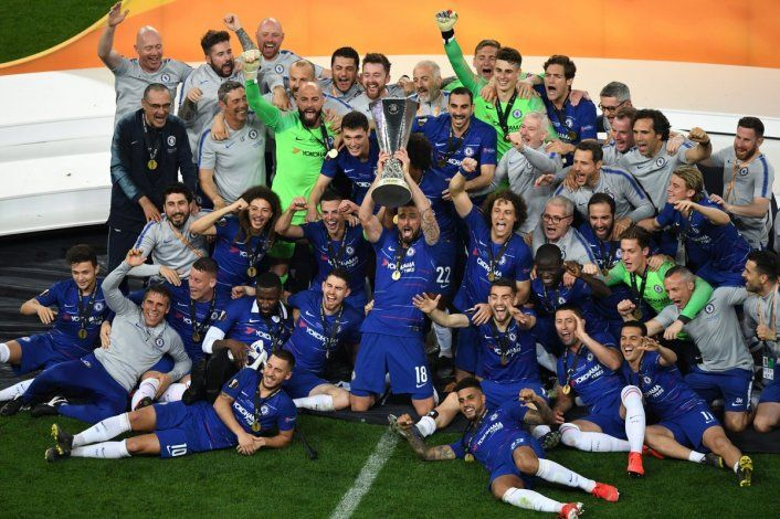 Chelsea goleó a Arsenal y se consagró campeón de la Europa League