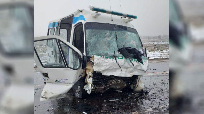 Ruta 40: dos militares murieron tras chocar con una ambulancia