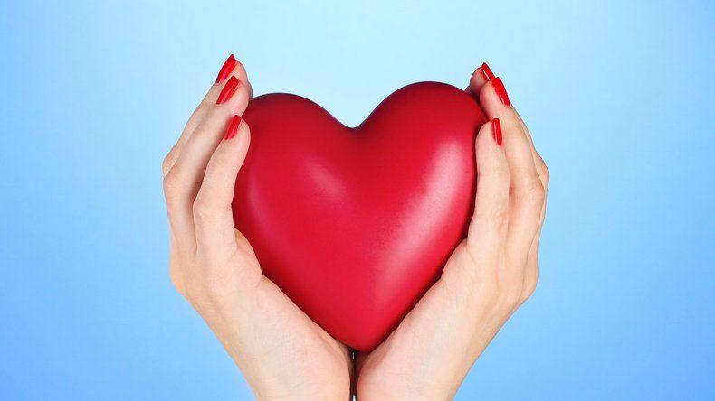 Las mujeres tienen  que prestarle más atención al corazón