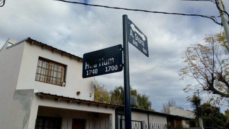 Dañan carteles nomencladores en barrio Limay