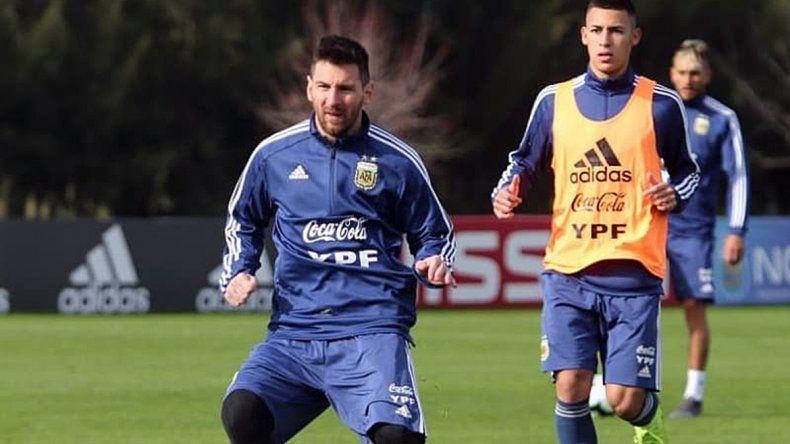 Con Lio Messi, la Selección trabajó  en doble turno