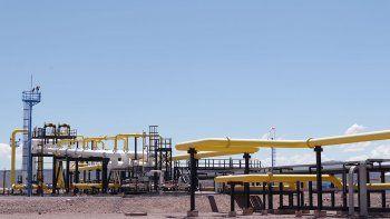 vaca muerta: neuquen lidera las exportaciones de gas