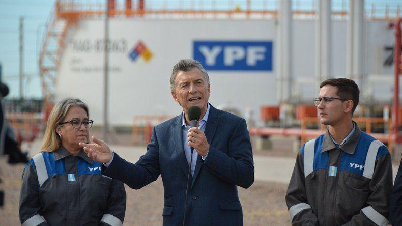 Macri celebró primera exportación de GNL de Vaca Muerta