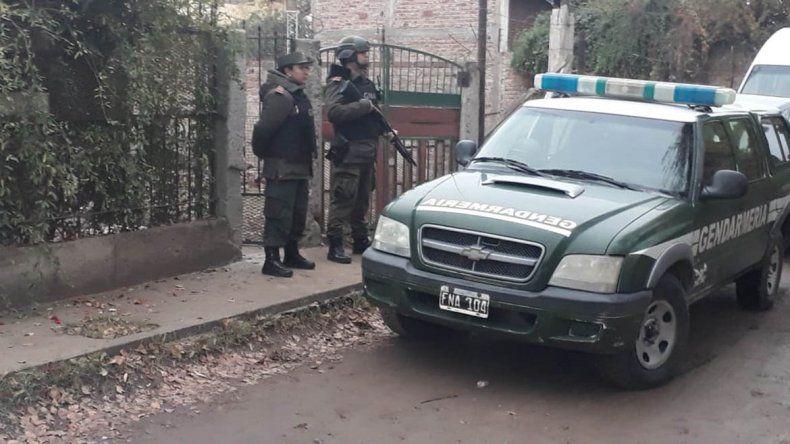 Plottier: Gendarmería secuestró droga y detuvieron a cinco hombres