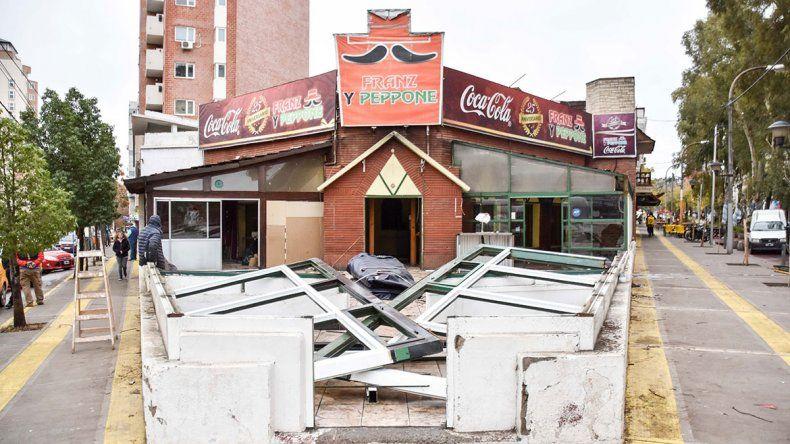 El auge inmobiliario arrasó con una histórica pizzería céntrica