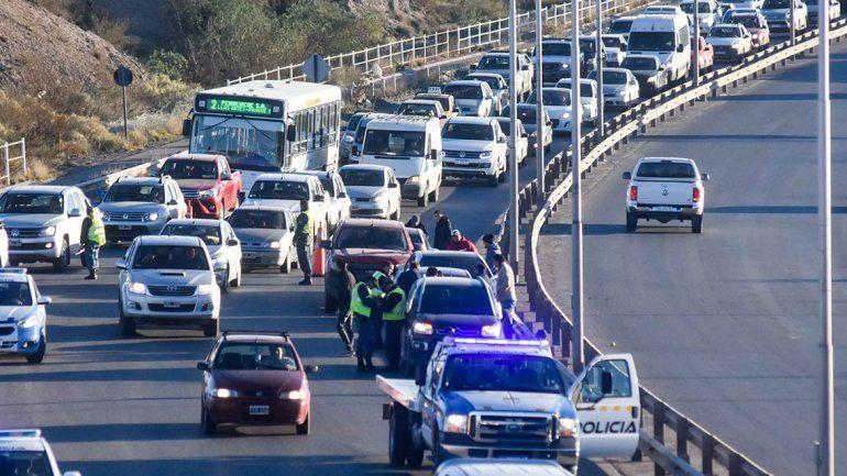 El tráfico diario por la  Ruta 7 es un infierno