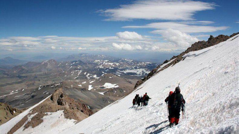La Corte ratificó una ley que protege más de 500 glaciares en la provincia