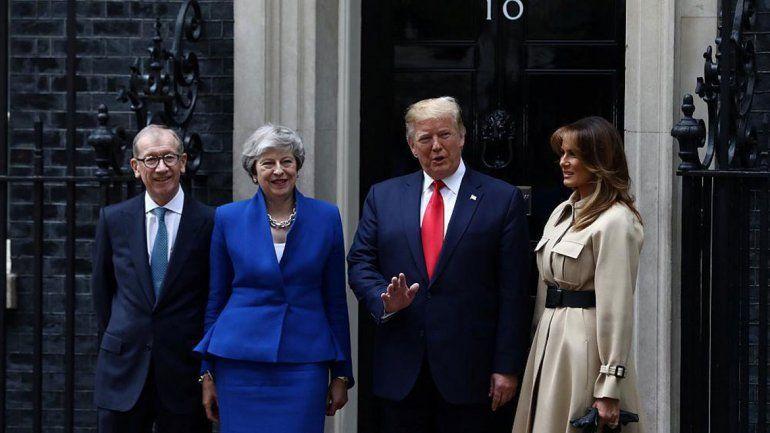 Trump negocia con Theresa May acuerdos posbrexit