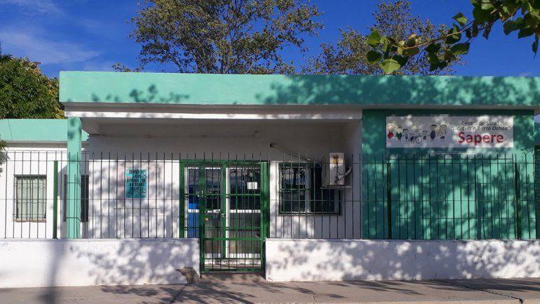 Realizan arreglos en centros de salud de dos barrios
