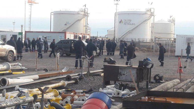 Enfrentamiento de UOCRA en yacimiento de Shell: 50 disparos y tres heridos, uno grave
