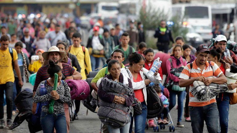 EE.UU. frenó una caravana de migrantes