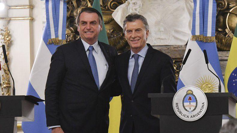 Macri y Bolsonaro anunciaron una moneda común pero el Banco de Brasil lo desmintió
