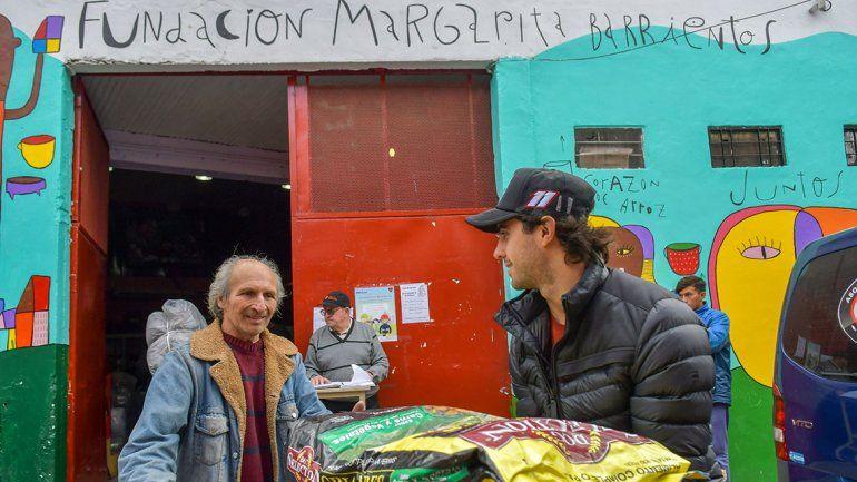 Urcera, solidario y poniendo el hombro en el Comedor de Margarita Barrientos