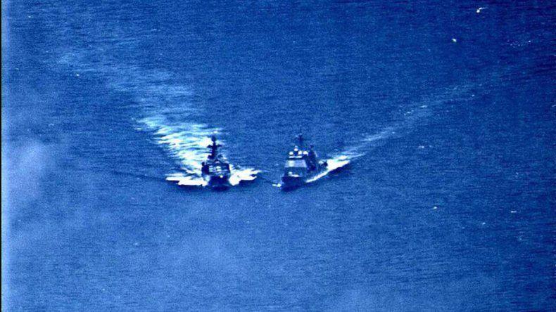 Casi chocan dos buques de guerra de EE.UU. y Rusia en el Pacífico