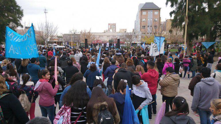 Providas marcharon en todo el país en respaldo a Rodríguez Lastra