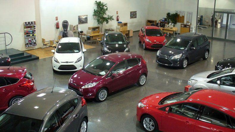 Crisis del 0 km: las ventas cayeron al nivel de 2016