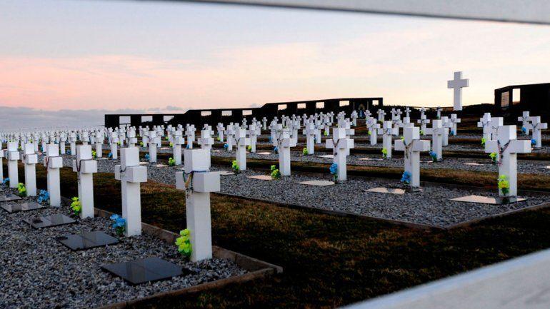 Identifican a otro soldado enterrado como NN y ya son 113