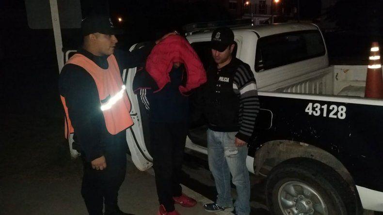 Horror en Bahía Blanca: discutió con su pareja y la tiró a una fogata