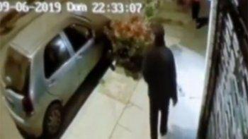 los rompevidrios robaron dos autos en diez dias