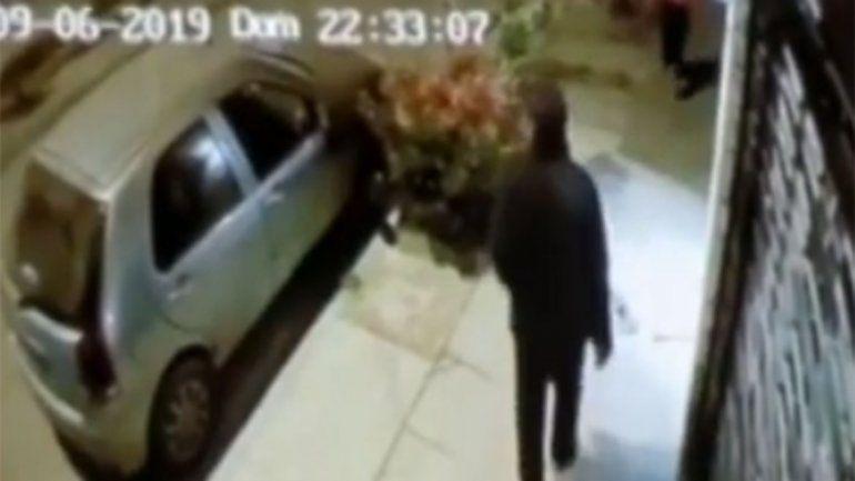 Santa Genoveva: los rompevidrios robaron dos autos en diez días