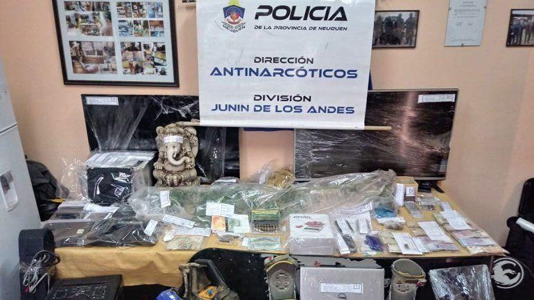 Banda narco cayó por retirar un Buda con cocaína