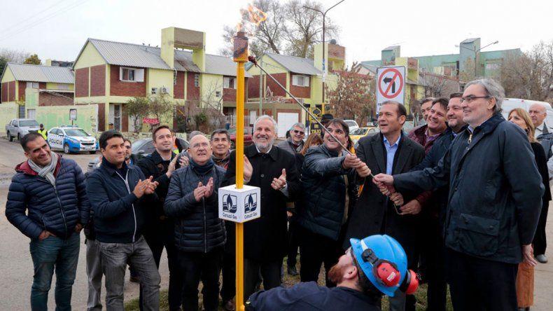 Gutiérrez inauguró el refuerzo de la red de gas Neuquén – Plottier
