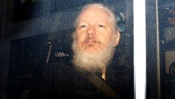 la justicia britanica define si extradita a julian assange