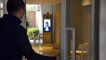 la vigilancia virtual llego a un edificio de la ciudad
