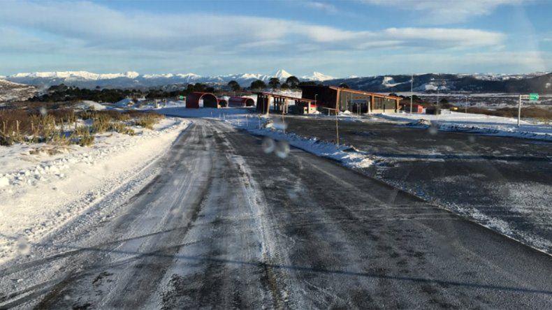 Pino Hachado se encuentra cerrado por acumulación de nieve