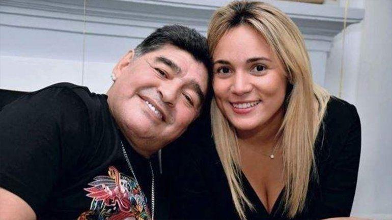 La extorsión de Rocío Oliva a Diego Maradona para que se case con ella