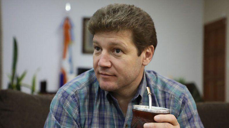Tierra del Fuego: Gobernador electo dijo que lo acusaron de abusador por ser gay