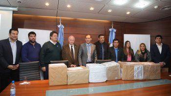 presentaron cinco ofertas para la represa de villa nahueve