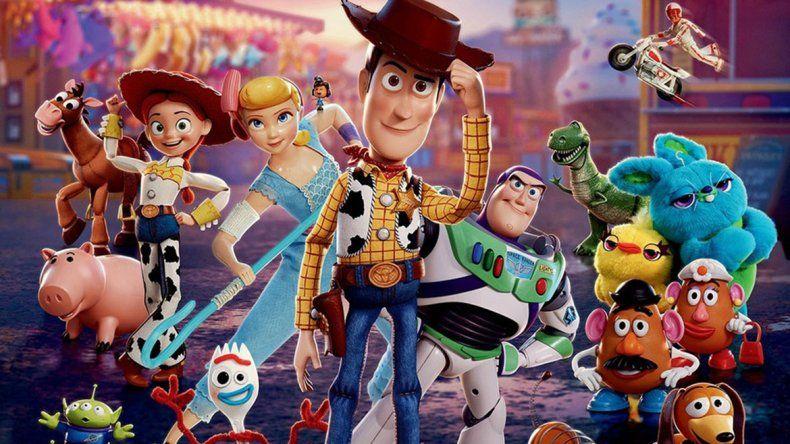 Toy Story 4 ya hundió al Titanic y ahora va por el récord absoluto de los Minions