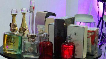 cutral co: robaron 80 perfumes y labiales de una farmacia